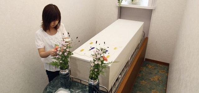 Idée insolite au Japon, un hôtel pour les morts
